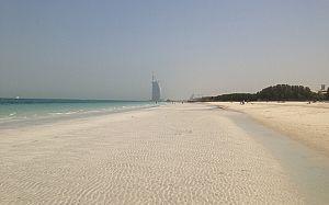 beach_3553957b