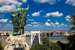 budapest_best_places_for_a_home_and_a_holiday_in_hungarys_capital_2
